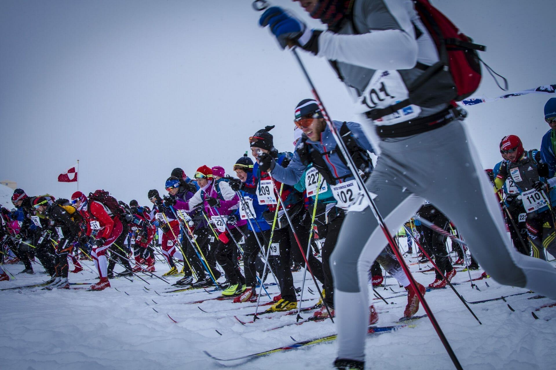 Start på Arctic Circle Race. Jeg er nesten helt til venstre i bildet.
